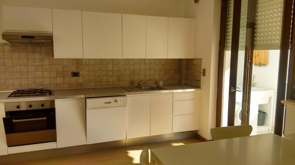 Affitto appartamento lecce via cota errequadro for Affitto bilocale lecce arredato